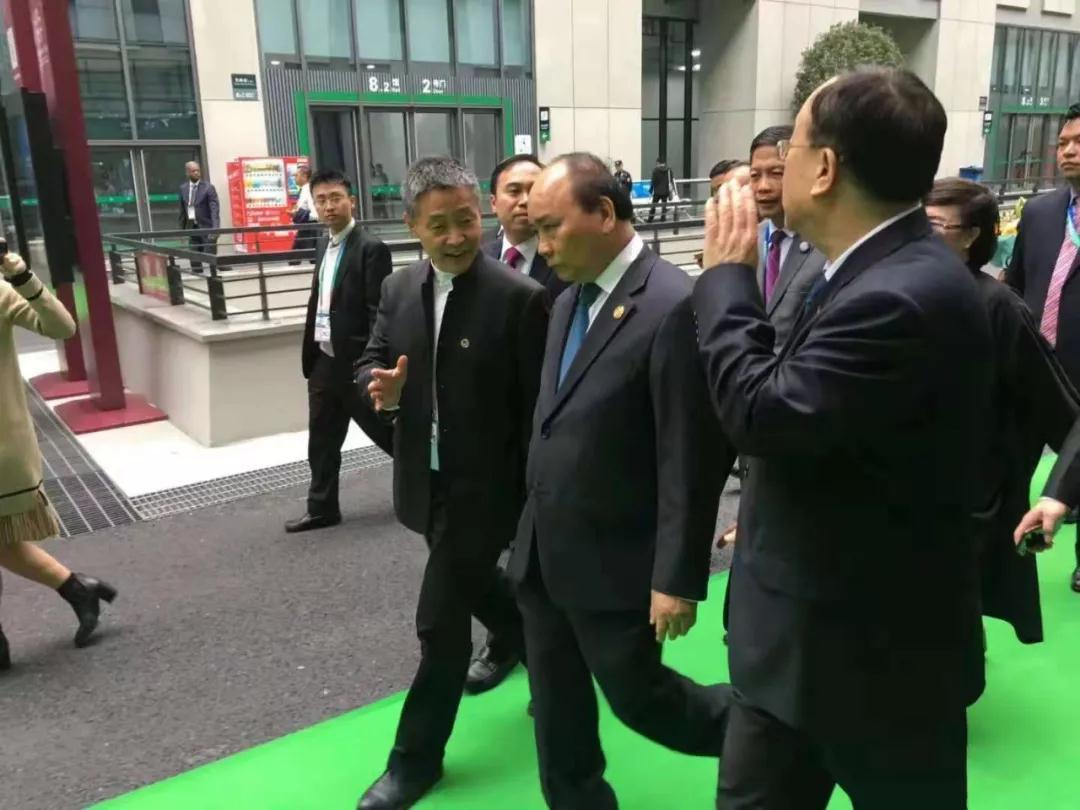 哈电集团斯泽夫出席中越企业家圆桌会议