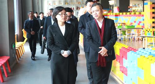 永嘉县委书记王彩莲到瓯北、桥头、桥下等地走访功勋企业、巨龙企业