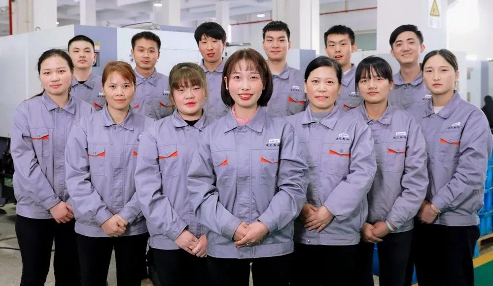 三八妇女节,中国•埃尼斯阀门集团为坚守工作岗位的她们点赞!