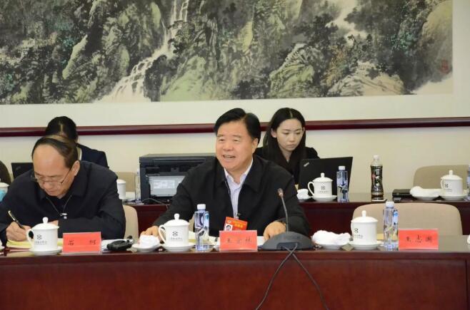 中石油董事长王宜林:今年海外油气权益产量当量将突破1亿吨!