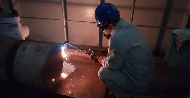 锅炉检修部焊接班完成U103C修除氧器逆止阀更换工作