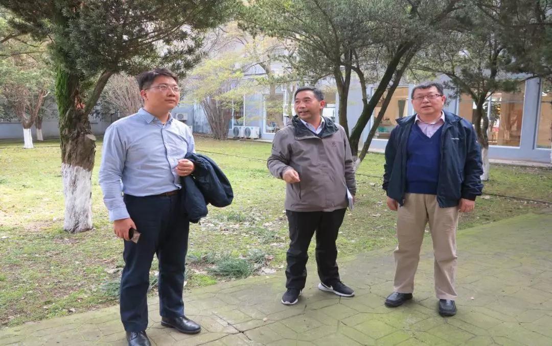 中国宝原总经理助理李远辉一行到苏阀公司调研指导工作