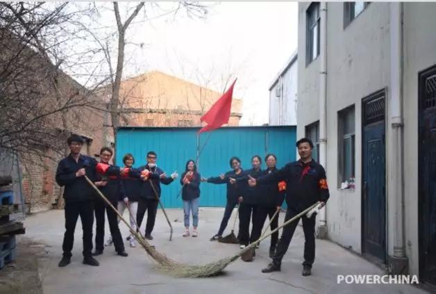 郑州泵业公司红三月学雷锋 红三月奉献忙