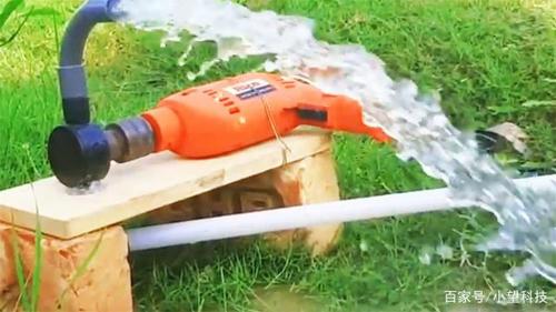 """农村小哥研发""""电钻抽水泵"""",一天浇灌3亩地,低价格高品质"""