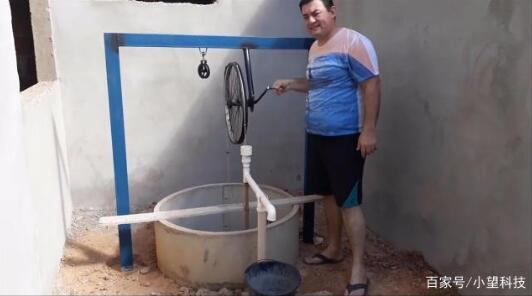"""农民大爷研发""""自行车""""抽水泵,不用油不用电,成本30元"""