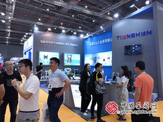 永嘉天山工业泵有限公司参加2019第八届上海国际泵管阀展览会