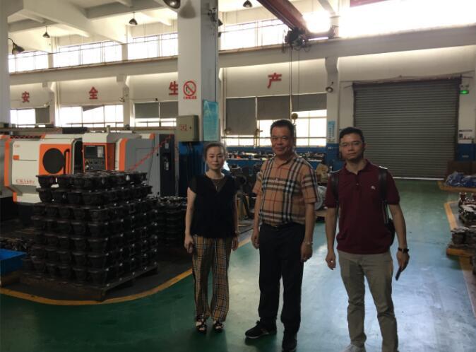 在浙江大氟隆有限公司车间参观