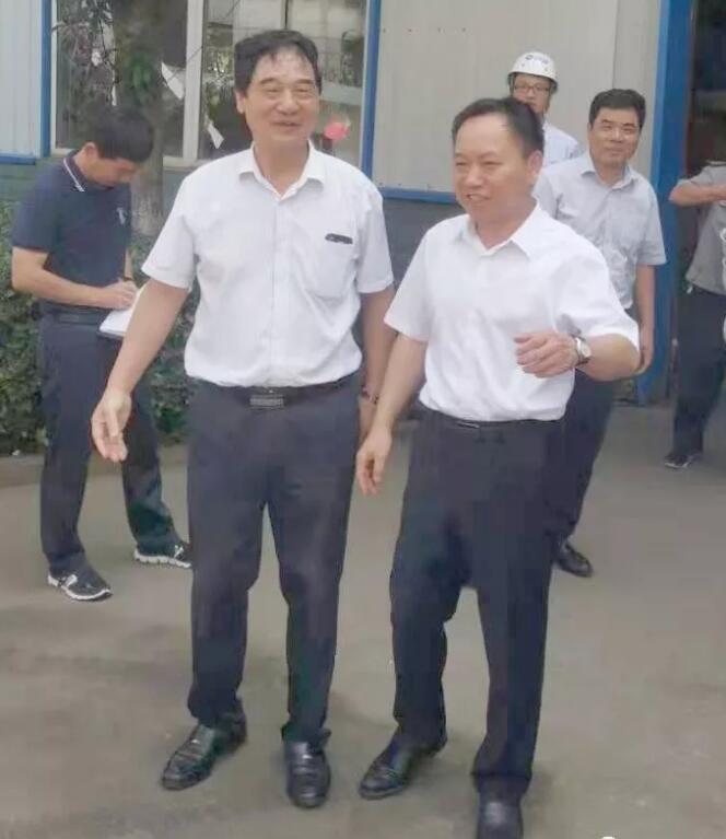 李国英省长来铜都流体调研 :培育单打冠军企业