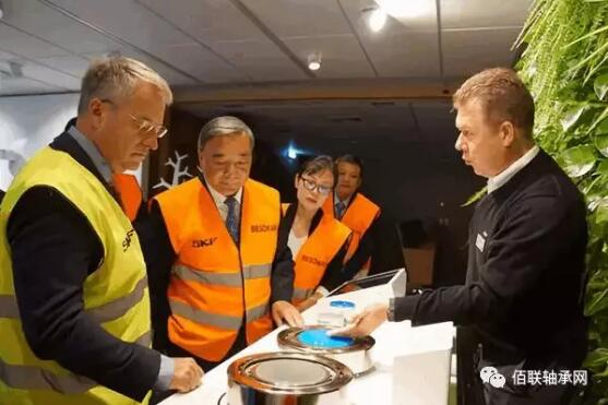中国建材集团党委书记、董事长宋志平率队访问全世界最大的轴承企业SKF集团