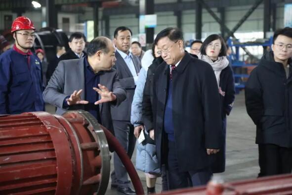 专家、领导参观工厂