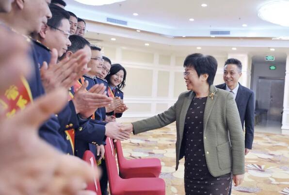 陈奕君副省长接见省特科院等全国市场监管系统先进集体及个人