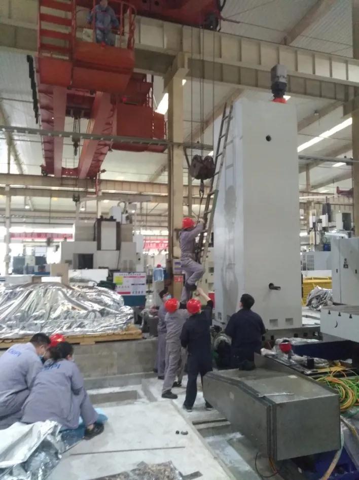 重庆水泵公司新购置的φ160数控镗床完成调试并投入使用