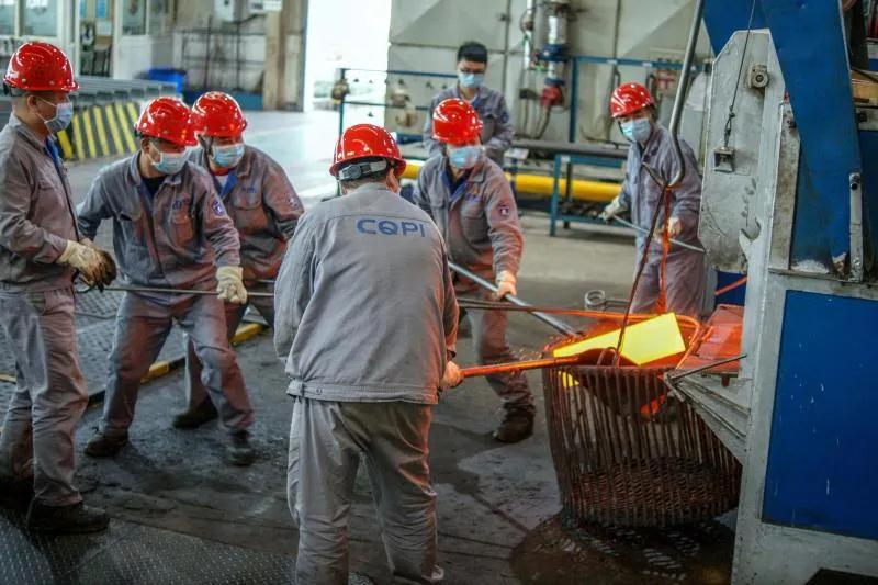 重庆水泵:热处理错峰用电保急难任务