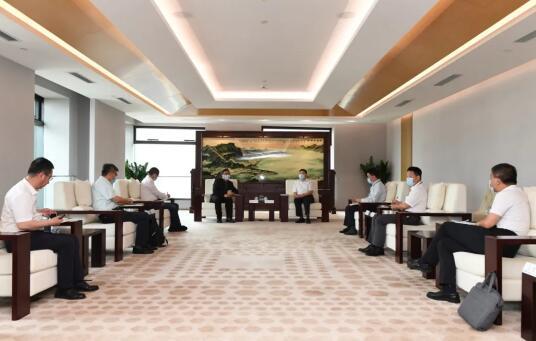 吴伟章率队拜访中国广核集团有限公司