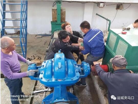 堡里泵站完成水泵更换工作
