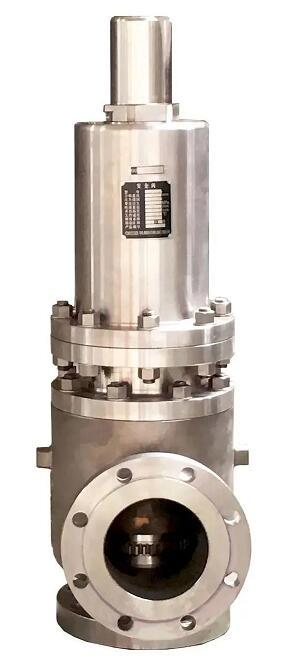 图:哈电阀门生产的熔盐安全阀