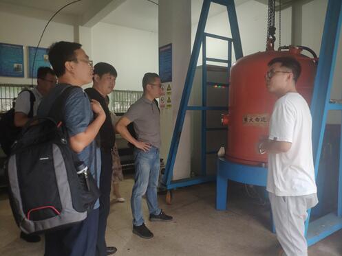 中科院光子院、上海福宜設備、寧夏東方鉭業來溫州泵閥工程研究院開展技術合作交流