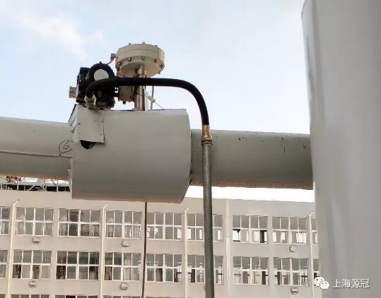 上图:滑板阀用于蒸汽介质调节