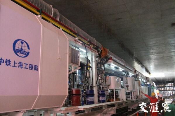 我国首台全国产主轴承盾构机在苏州始发掘进