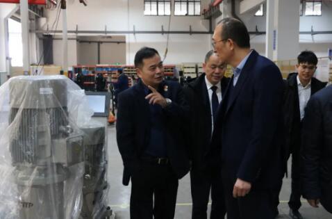 双方共同参观南元泵业ub8优游app厂