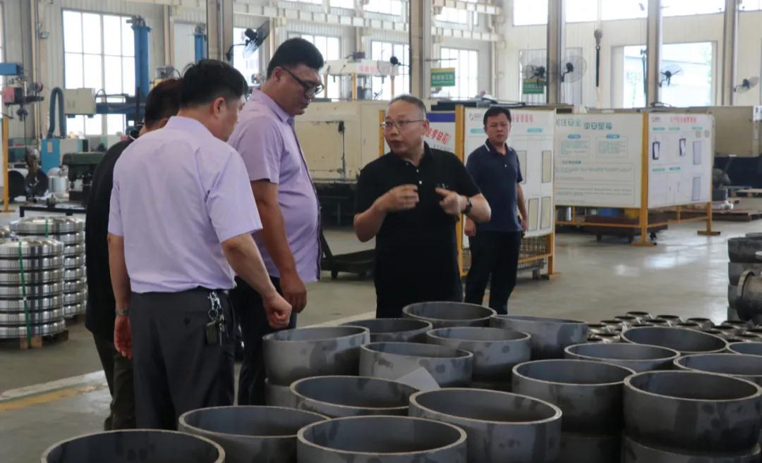天津市港益供热有限公司再次到河北同力阀门洽谈有关智慧供热节能问题
