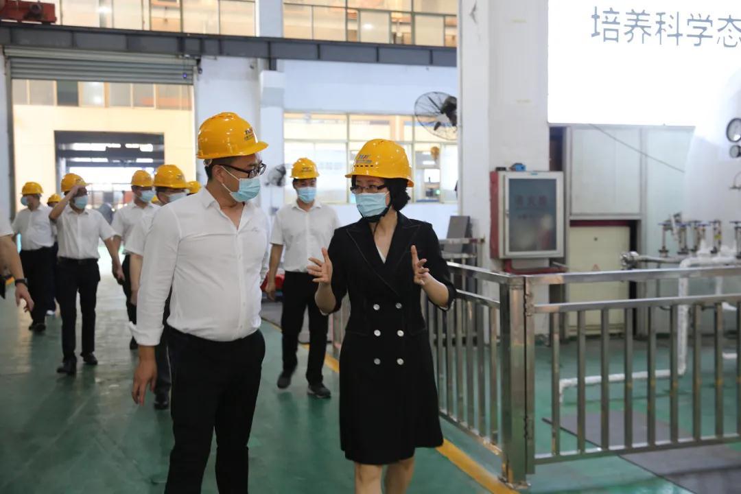永嘉县委书记王彩莲到瓯北专题调研泵阀产业发展工作