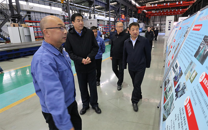 天水市委常委政法委书记刘天波来星火机床公司调研