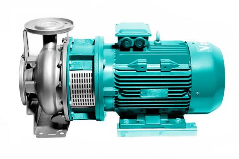 MHO-MHC卧式多不锈钢单叶轮离心泵 应用 MHO-MHC卧式多不锈钢单叶轮离心泵,配加长轴电机。紧凑式结构使泵尺寸更小,轴向入口和径向出口。所有与液体接触的部分均为不锈钢材质。MHO为开式叶轮,适合输送含颗粒的液体。 MHO-MHC系列泵在家庭供水、工业、建筑领域有着广泛的用途。 冷却、冷冻及暖通空调 商用机械领域 适度腐蚀的工业液体的输送 家庭使用和游泳池等公共设施 清洗系统 排水 电机 异步,鼠笼式转子,铝制封闭式结构,外部通风 绝缘等级:F 防护等级:IP55 1220V电机,功率至2.