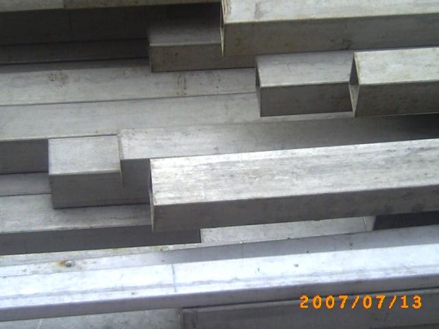 304不锈钢无缝方管,304不锈钢矩形管