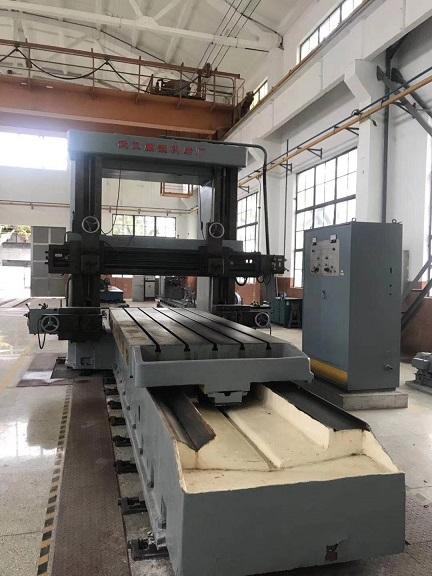 武重4米龙门刨床加工宽度1.4米