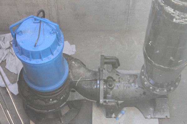 自吸切割式潜水排污泵_不堵塞_高扬程高效率