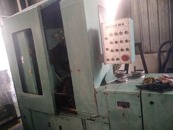 上海锥形砂轮磨齿机-二手Y7132D单片磨齿机