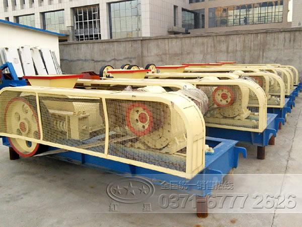 每小时产100吨对辊式破碎机价格多少WYL79