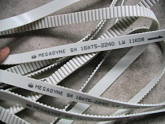 工业耐高温单面齿同步带 防滑同步齿形带 聚氨酯白色开口同步带