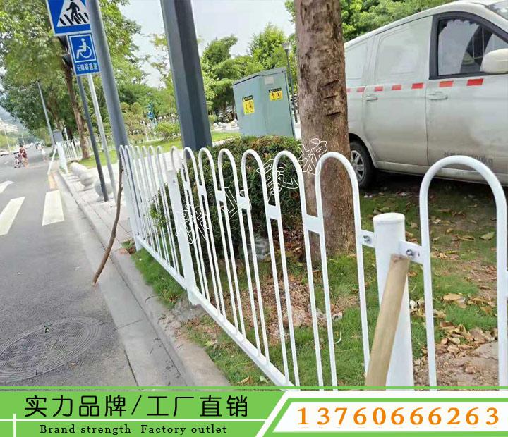 揭阳道路栏杆高度 罗定市政护栏图片 花都人行道护栏