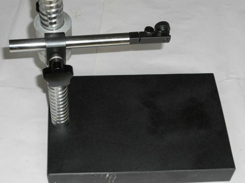 大理石螺旋测微仪