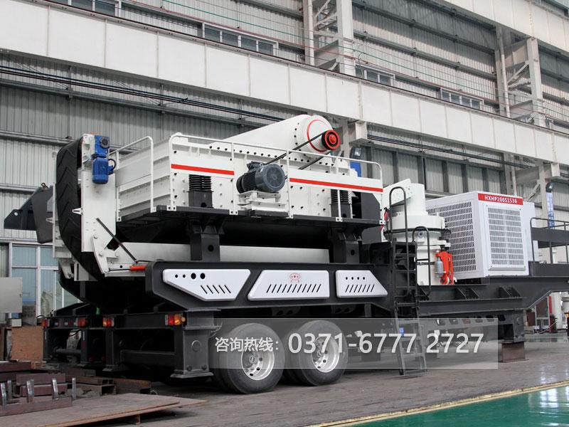 凭借一双能工巧手,车载移动筛煤机让煤炭变金子
