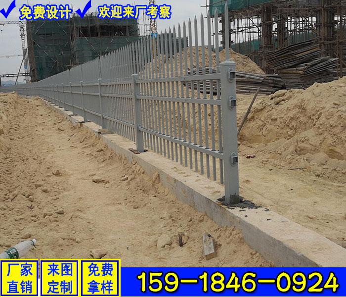 龙怀高速服务区围墙栅栏 定做家具厂金属围墙栏杆 工业园区护栏生产厂家